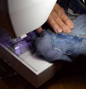 jeans-cvillerepaircafe-oct2016